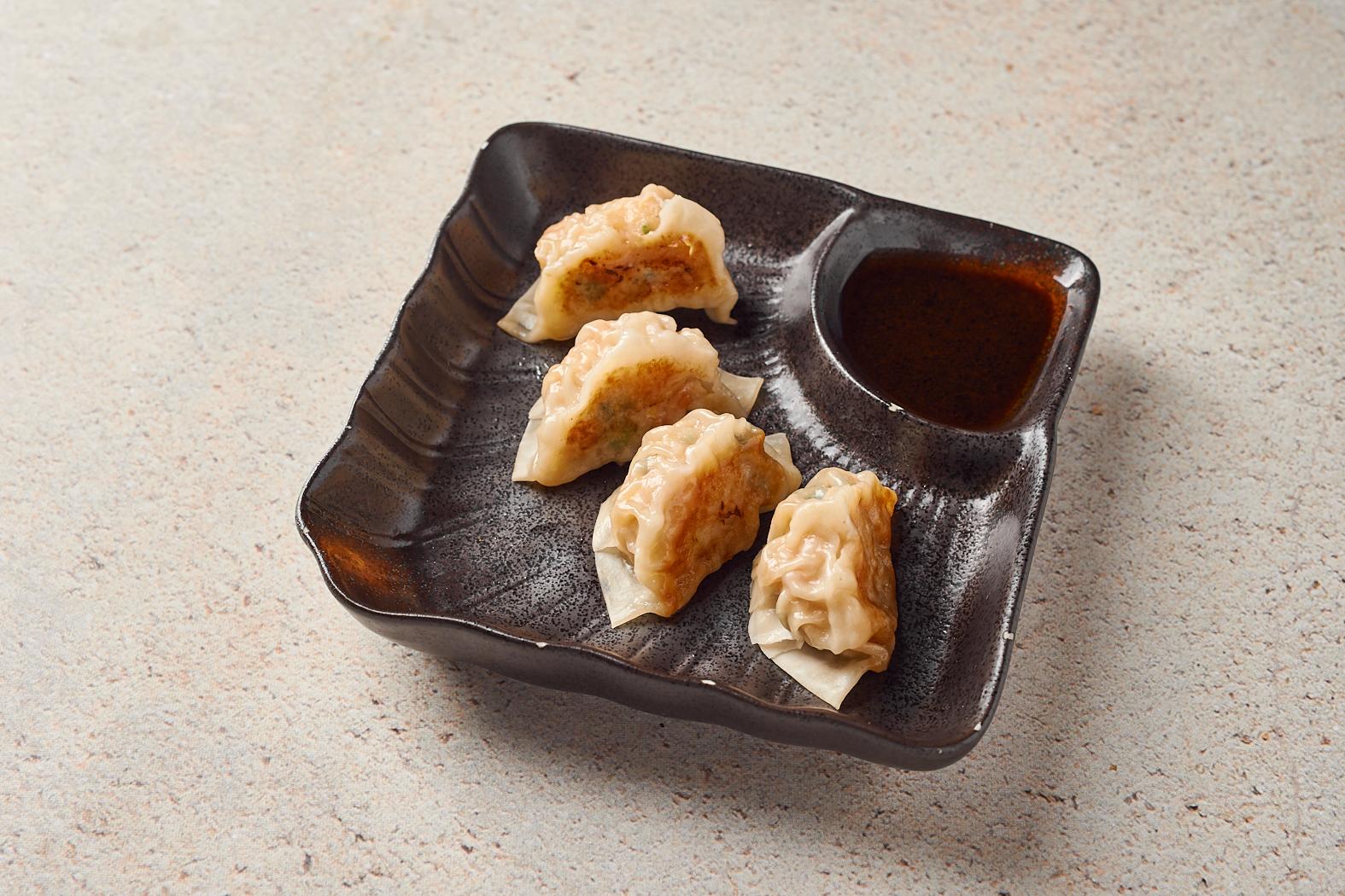 Японские пельмени «Гедза» с цыпленком